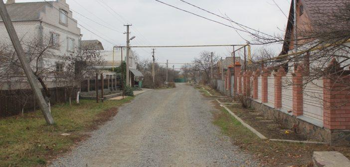Проходя по улице Добролюбова (фоторепортаж)